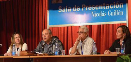 Feria Internacional del Libro de La Habana 2014. Panel dedicado al centenario de Samuel Feijoo.